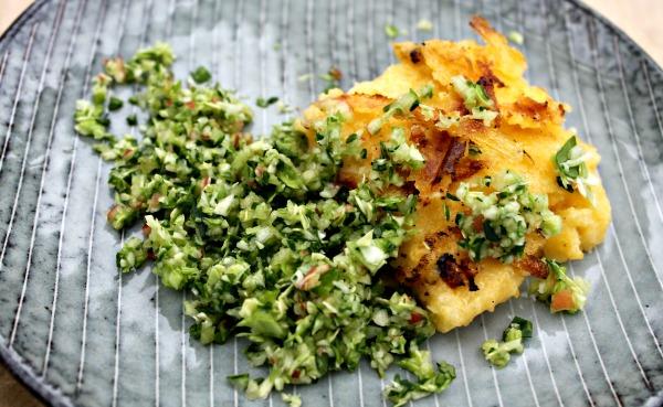 stegt polenta med salat