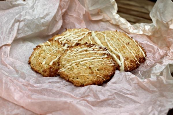 Marcipan - kokos cookies - min søn bager