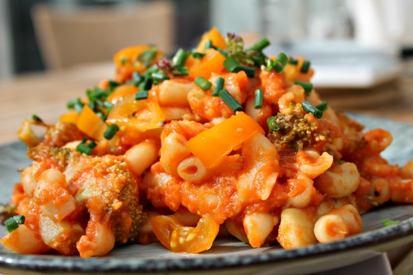 pasta med rejer og broccoli