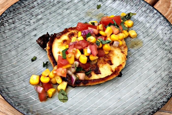 grøntsagspandekager med salsa