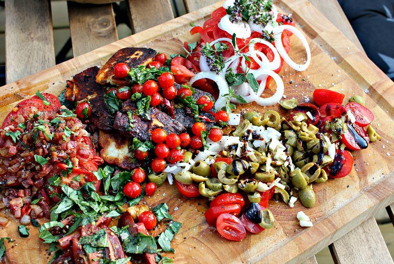 tomatsalat på mange måde
